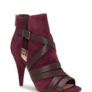 NIB Beautiful Vince Camuto Achika Burgundy Heels 8